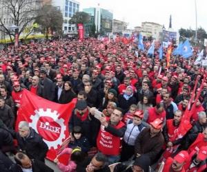 Metal İşçileri Gebze'de İnsanca Yaşam, İnsanca Ücret için Buluştu